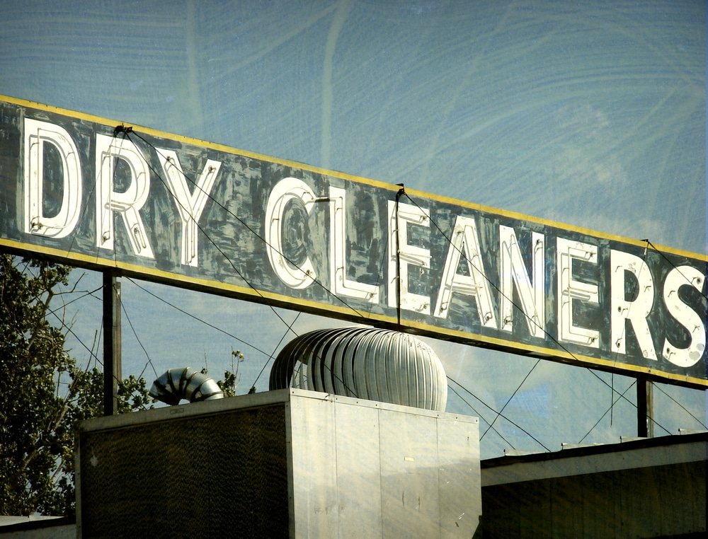 dry_cleaners